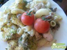 Brokułowa zapiekanka z kurczakiem
