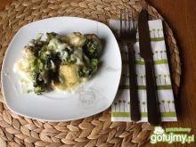 Brokuły w beszamelu zapiekane z serem