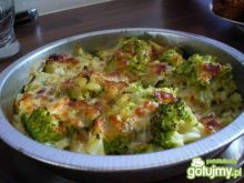 Brokuły zapiekane z mozarellą