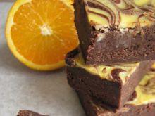 Brownie serowe z pomarańczowym marmurkiem