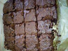 Brownie z orzechami i żurawiną