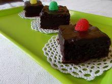 Brownie ze śliwkami