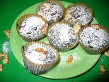Brownies z migdałami i orzechami