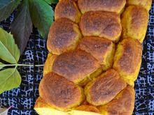 Brukowiec drożdżowo-dyniowy z cynamonem