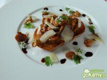 Bruschetta z kurkami i lubczykiem