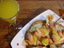 Bruschetta z łososiowym szaszłykiem