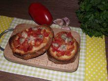 Bruschetta z pomidorami i gorgonzolą