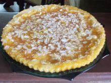 Brzoskwiniowa tarta z płatkami migdałowymi