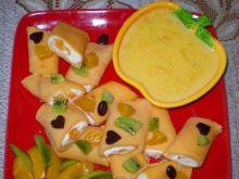 Brzoskwiniowe  naleśniki z białym  serem