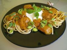 Bucatini z kurczakiem ziołowo-curry