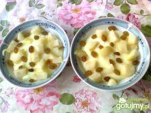 Budyń z pieczonym jabłuszkiem