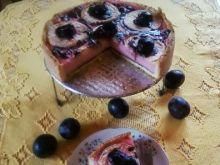 Budyniowe ciasto z owocami.