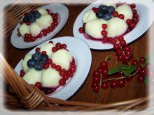Budyniowy deser owocowy