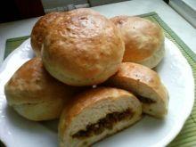 Bułeczki drożdż. z farszem mięsno sojowy