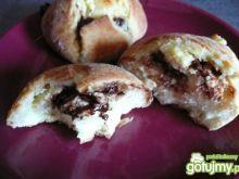 Bułeczki z białym serem i czekoladą