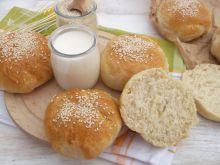 Bułki pszenno - krupczatkowe z sezamem