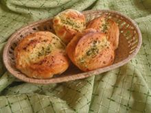 Bułki z masłem czosnkowo-ziołowym