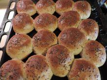 Bułki z otrębami żytnimi i siemieniem lnianym