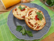 Bułki zapiekane z cukinią i serem