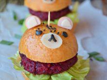 Buraczane Misio-burgery z paprykowymi bułeczkami