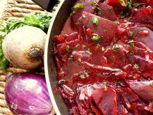 Buraczki duszone z porem i czerwoną cebulą