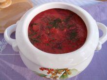 Buraczkowa zupa z warzywami