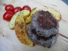 Burgery z karkówki z grzybami i kaszą gryczaną