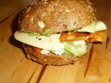 Burgery z kurczakiem i pastą z awokado