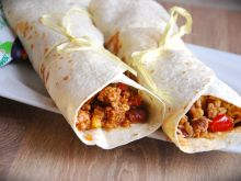 Burrito meksykańskie dla lubiących ostrą kuchnię