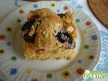 Całoroczne ciasto z owocami