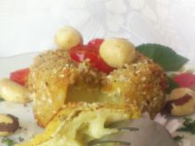 Camembert w panierce orzechowo-sezamowej