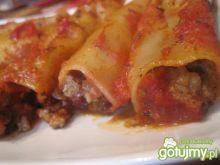 Canneloni z mięsem w sosie pomidorowym