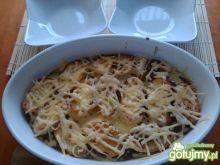 Cebulowa zapiekanka z bagietkami i serem