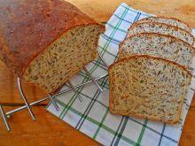 Cebulowy chleb z ziarnami