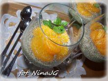 Chia z mlekiem sojowym i mandarynką