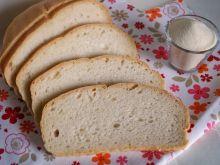 Chleb drożdżowy z manną