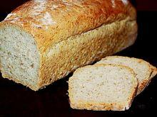 Chleb foremkowy pszenny z otrębami i słonecznikiem