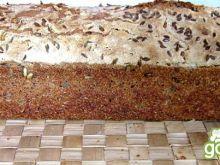 Chleb mieszany   na zakwasie z nasionami