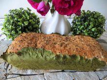Chleb na liściach chrzanu