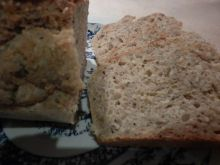 Chleb na serwatce z ostropestem mielonym