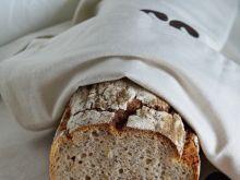 Chleb na zakwasie z domową serwatką