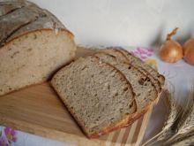 Chleb nowojorski z cebulą i kminkiem