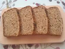 Chleb orkiszowy z płatkami jaglanymi