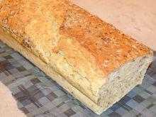Chleb owsiany ze słonecznikiem i siemieniem