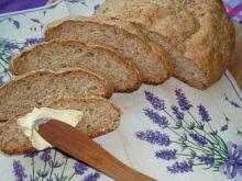 Chleb paprykowo-kminkowy