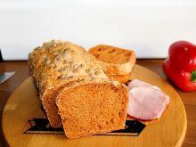 Chleb paprykowy