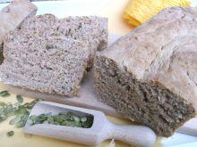 Chleb pełnoziarnisty z pestkami dyni