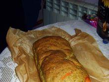 Chleb pomidorowo-szpinakowo-bazyliowy