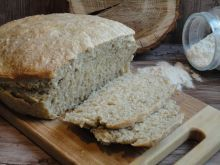 Chleb pszenno-żytni z majerankiem