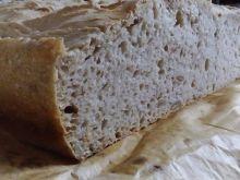 Chleb pszenno-żytni  orzeszkami pinii i pestkami